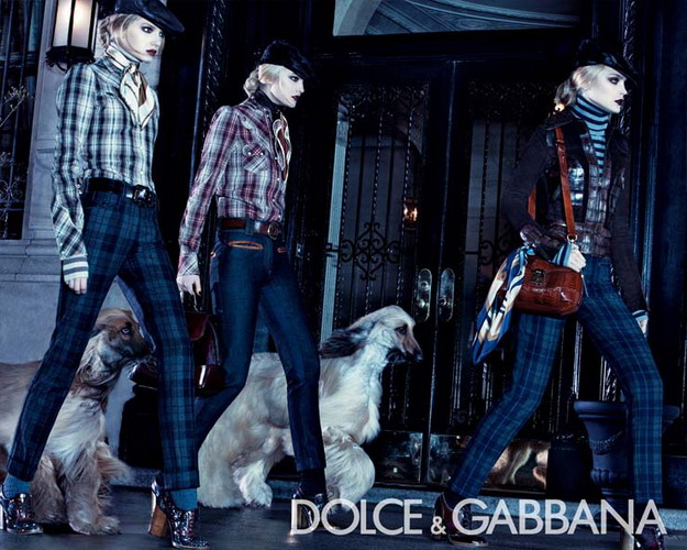 http://www.thefashioniste.com/Lookalikes9/Dolce-ad-FW08.jpg